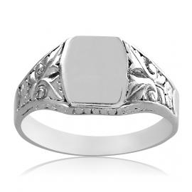 Srebrny sygnet z ornamentami